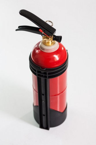 Fluid extinguisher with bracket 2kg (GW-2X ABF)